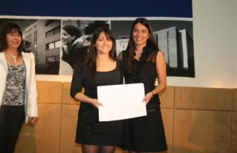 Ceremonia de entrega de título en Concepción