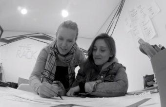 Ex alumnas de Diseño de Ambientes y Objetos exponen sus productos en la Bienal Iberoamericana de Diseño 2014