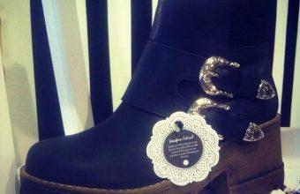 Alumna de la Facultad de Diseño UDD crea modelo de calzado para la marca Javiera Poch