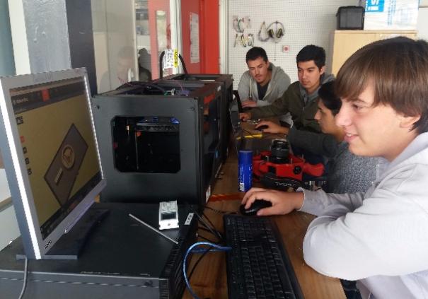 Curso Fabricaion Digital, exploración tecnológica Área IX
