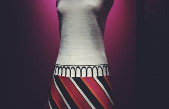 Museo de la Moda celebra sus diez años con exposición del artista chileno Marco Correa