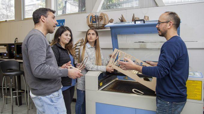 Talller de Prototipado con Hernán Díaz, Cristian Cáceres y alumnos