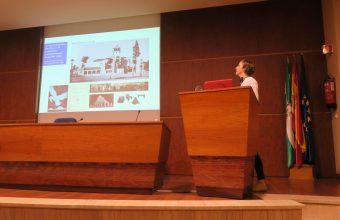 Profesora Sylvia Dümmer participa de Congreso en Sevilla