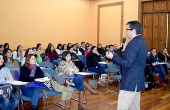 Germán Espinoza expone en Jornada de Pabellones y Procedimientos de Enfermería UC