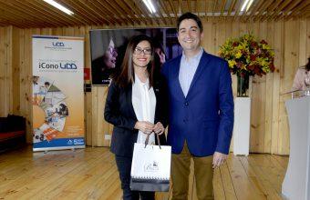 Alejandra Amenábar y Paulina Contreras reciben el premio Investigadores Innovadores de la UDD