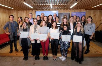 Facultad de Diseño gradúa a 18 nuevos diplomados