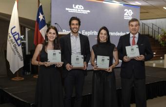 Alumni de Diseño obtuvo el premio Emprendedor UDD